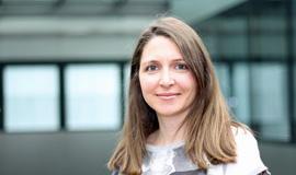 Dr. Julia Redolfi